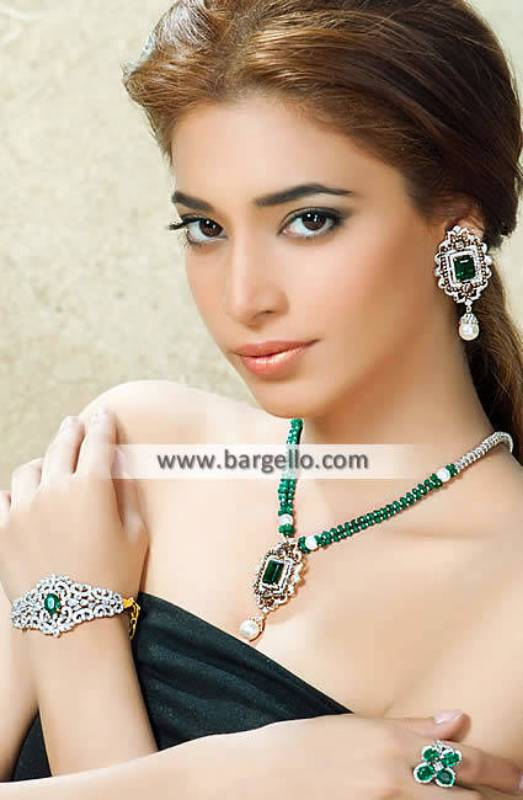 Emerald Pendents Jewellery Sets Woodside New York NY USA
