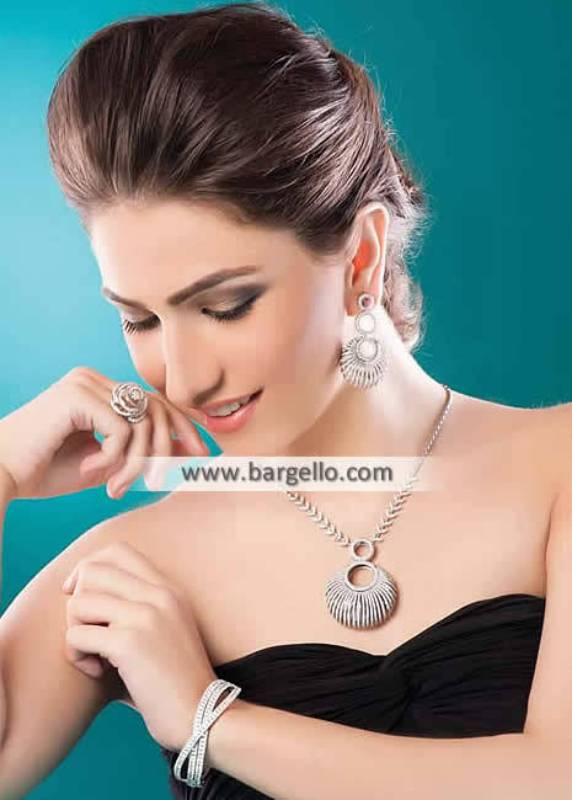 Zircon Pendents Rhodium Plated Diamond like Pendents Jewellery Sets Paramus New Jersey NJ USA