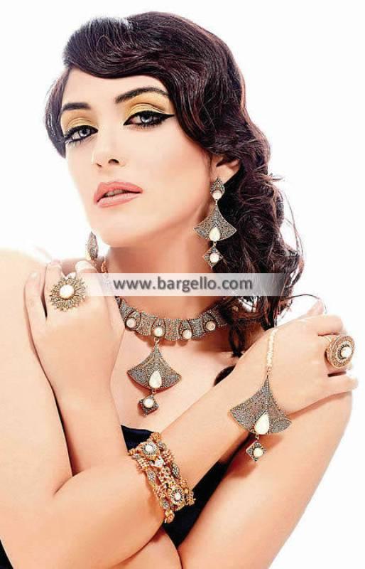Pakistani Wedding Jewellery Antique Gold Jewellery Sets Newark California CA USA
