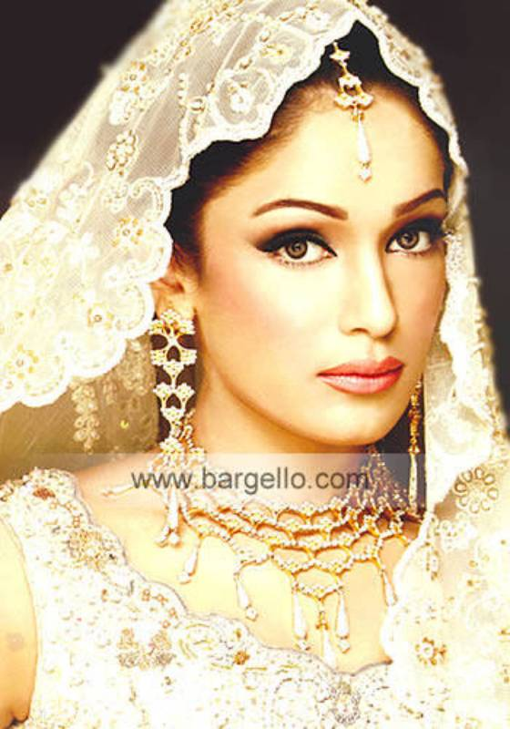 Pakistani Jewellery in Blackburn, Lancashire, England, UK