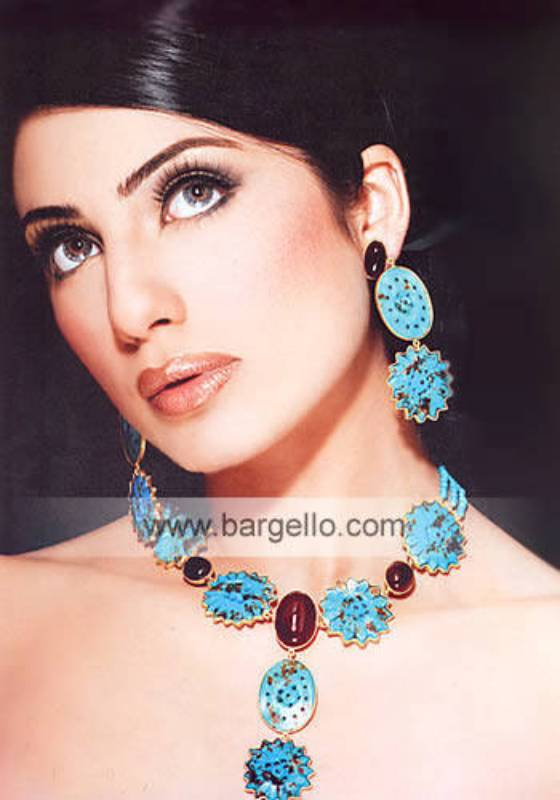 Kundan Jewelry Set with Turquoise Enamel and Red Ruby Stones