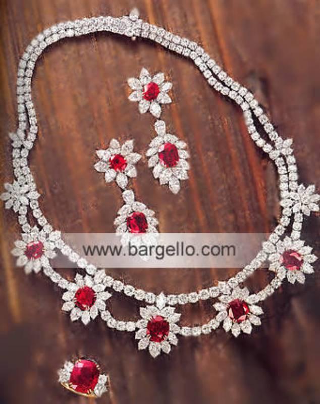 Jewelry stores Karachi Jewelry Stores Karachi Pakistan 22K Jewelry Traditional Bridal Gold Jewelry