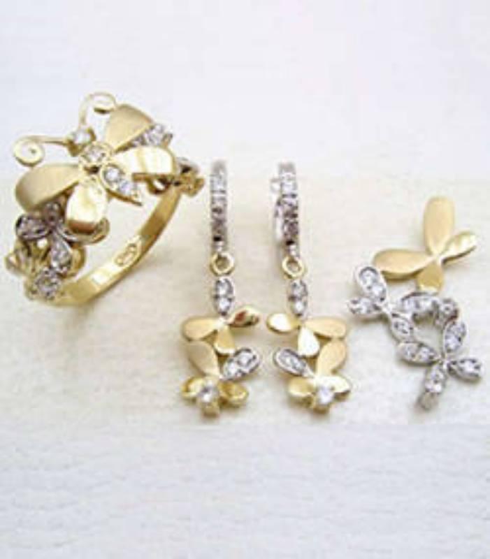Fashion Designer launches jewellery line jewelry range in London