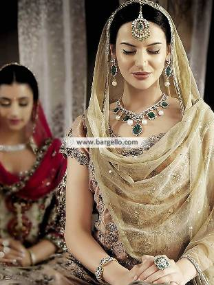 Indian Intimation Jewellery Sets Riyadh Saudi Arabia مجموعات مجوهرات الزفاف الهندي Jagdish Jewellers, indian jewellery sets, مجوهرات كريستال الزمرد, Artificial Jewellery Sets, intimation jewellery sets, emerald color jewellery