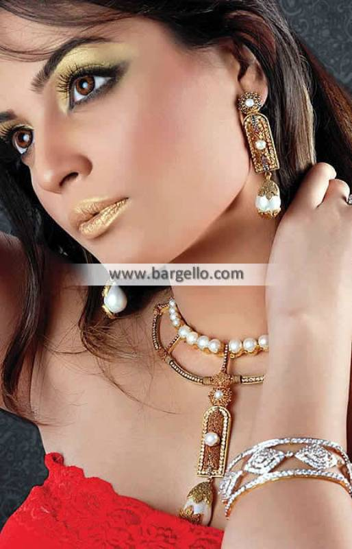 Elegant Pakistani Artificial Jewellery Glasgow Scotland