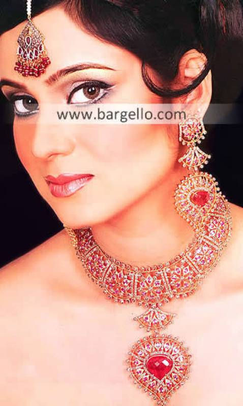 Designer Ruby Fuchsia Studded Jewelry, Ruby Cubic Zirconia Stud Jewelry Online Shop Bargello.com