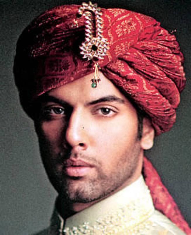 Deepak Perwani Sherwani Turban For Men Birmingham UK, Latest Shewani Turban Collection London UK